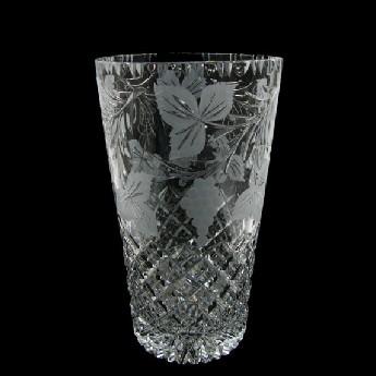 10 inch Con Vase Grapevine