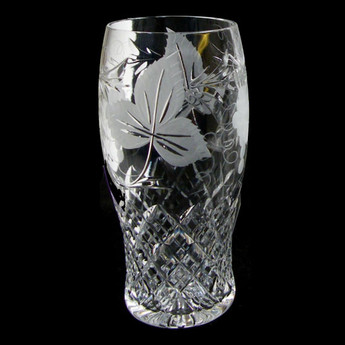 1 Pint Beer Glass Grapevine